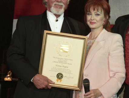 Kenny Rogers and Naomi Judd
