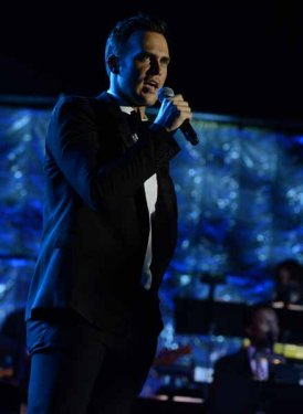 Cheyenne Jackson performs for Harvey Schmidt and Tom Jones