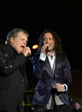 Meat Loaf and Constantine Maroulis perform for Jim Steinman