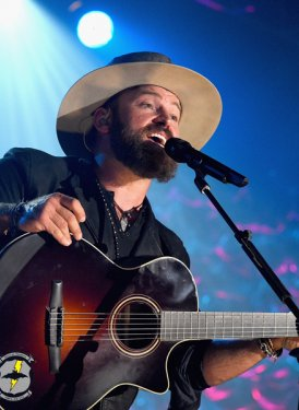 "Zac Brown performs ""Casey Jones"" for Robert Hunter and Jerry Garcia"