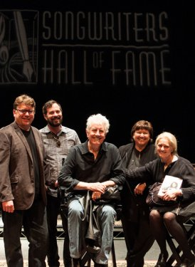 Chris Sampson, Tom DeSavia, Graham Nash, Mary Jo Mennella and Barbara Cane. Photo by Alex Pachino